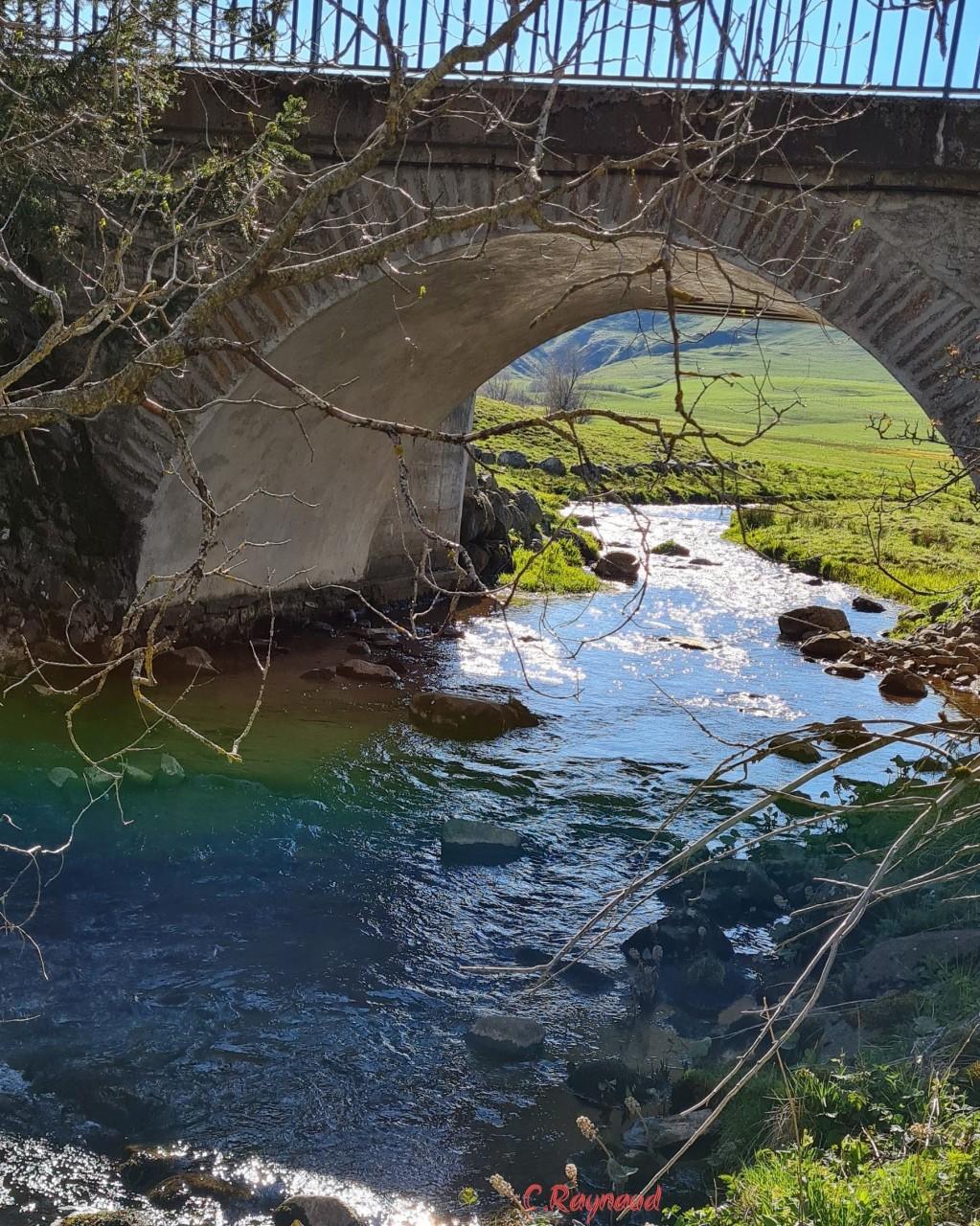 Pont Couze d'Ardes à Jassy